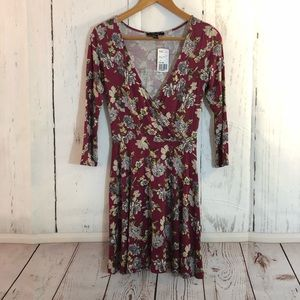 Forever 21 Long Sleeve Floral Dress